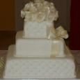 svadobná torta, torta s ružami, torta balíček, torta s ružami, perličky, r