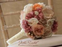 Látkové svadobné kytice